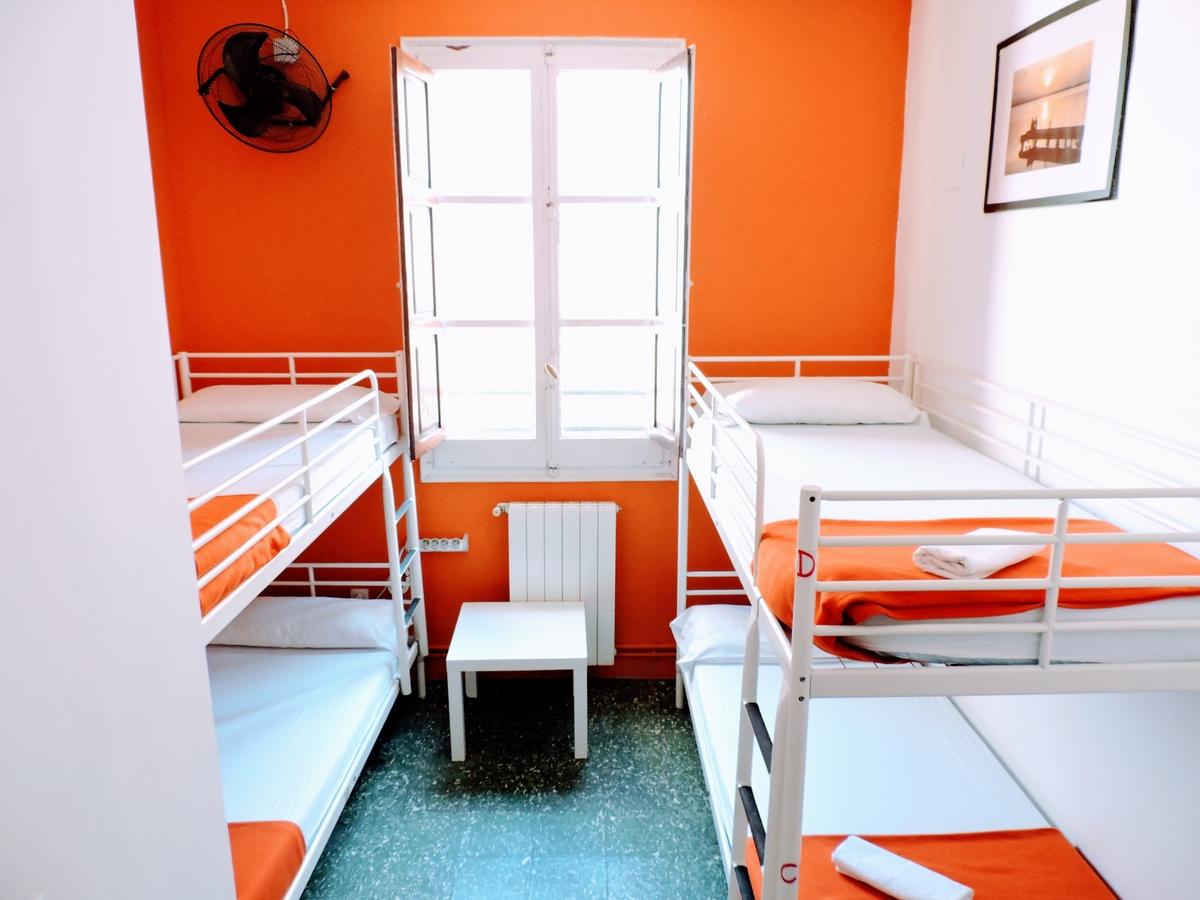 Stanze miste di 4 letti posti backpackers hostel - Amici di letto in inglese ...